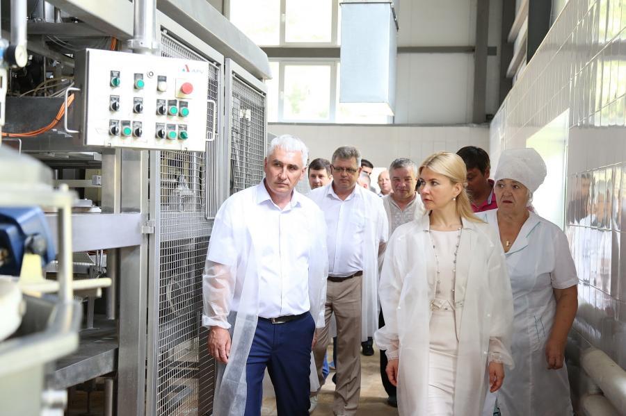 Сыродельный завод в Великом Бурлуке
