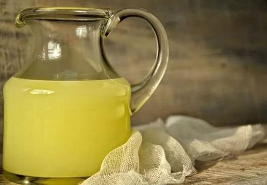 Молочна сироватка як добриво – як застосовувати на городі