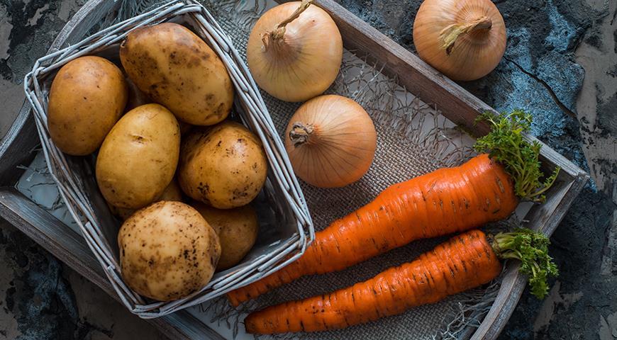 11349 Дачники, сажайте картошку с моркошкой: за год цены на них взлетели на треть
